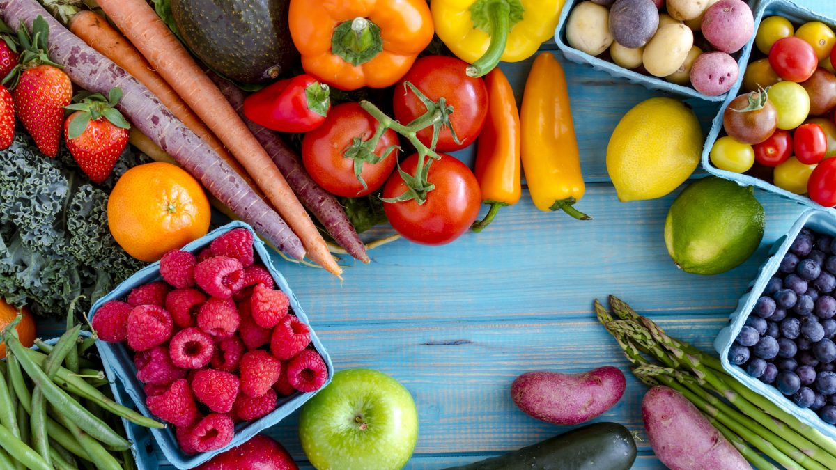 Eating vegetables is not easy -- it's difficult knowing exactly which ones to pick up and it's also tricky figuring out how to cook particular vegetables with so many preparation styles.